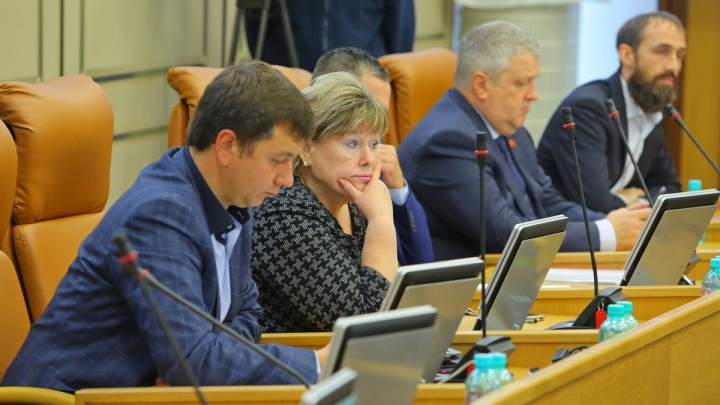«Всё сделано под одного человека»: депутаты сорвали выборы мэра
