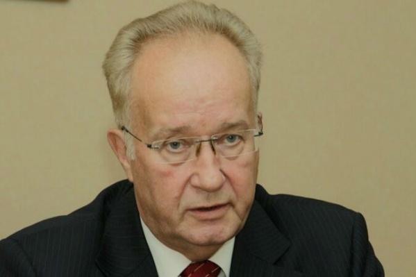 Александр Кравец стал одним из лауреатов премии — наряду с главой Кубинского государства и актёром Николаем Губенко