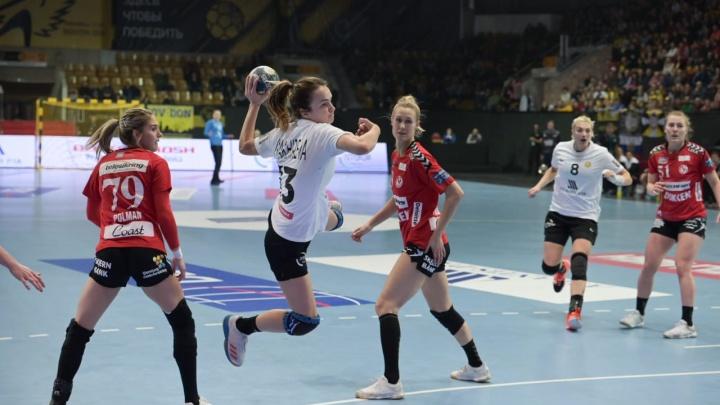 ГК «Ростов-Дон» одержал уверенную победу над датским «Эсбьергом»: лучшие кадры матча