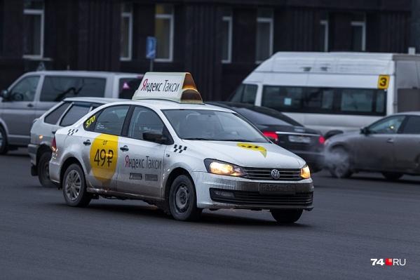 Водителю«Яндекс.Такси» проломили череп во время разборки между таксистами