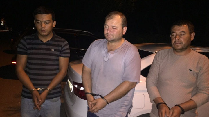 «С них брали до 1500 долларов»: на границе РФ в Самарской области поймали 5 нелегалов