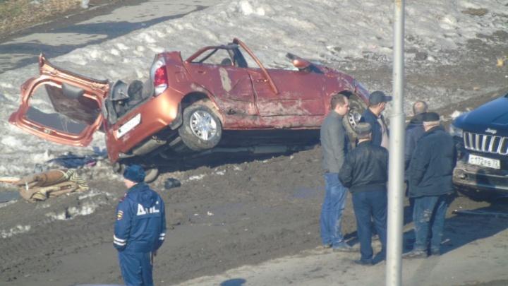 Смертельное ДТП на Щербакова и машины с красивыми номерами у тюменской ГИБДД: дорожные видео недели