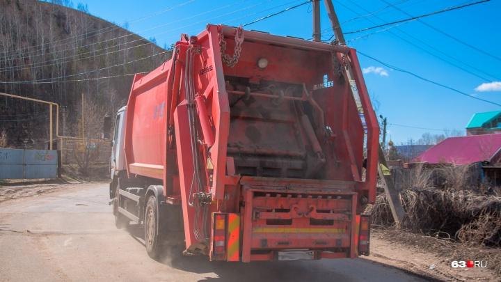В Самарской области мусорного регоператора уличили в загрязнении озера