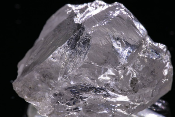 Алмаз добыли на ГОК имени В. Гриба