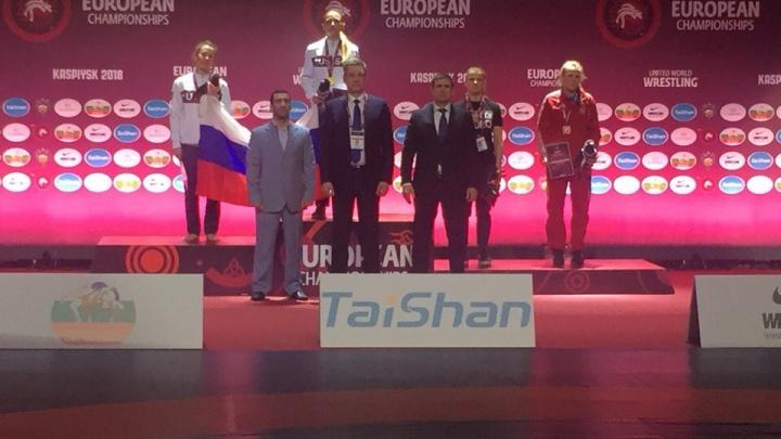 Спортсменка из Новосибирска уехала в Афины на чемпионат по самбо