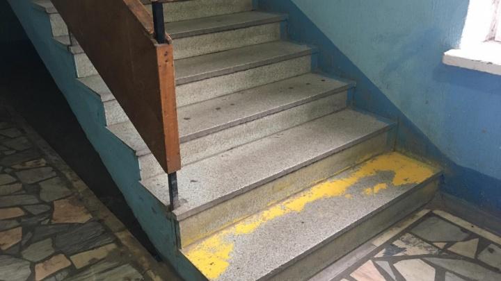 «Отца по этажам таскаем на себе»: уфимцы пожаловались на условия в бюро медико-социальной экспертизы