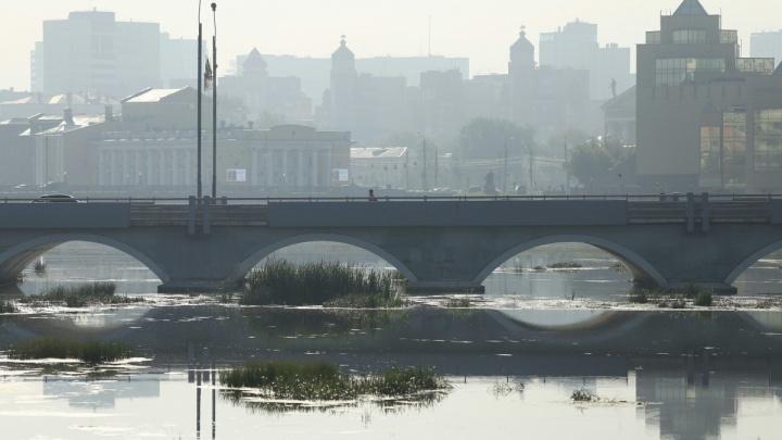 «Запах гари как никогда»: в Челябинске объявили режим «чёрного неба»