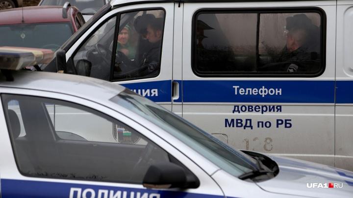 Жители Башкирии пойдут под суд за снятие полумиллиона рублей с чужого счета по фальшивому паспорту
