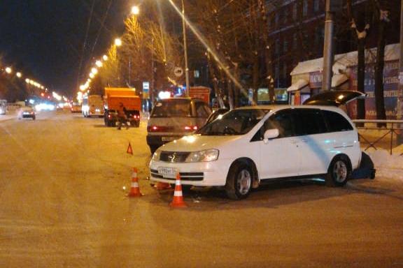 В Новосибирске 5-летняя девочка пострадала в столкновении двух иномарок