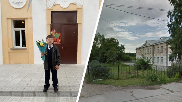 «Взрослые устроили голосование, чтобы выгнать сына из класса»: сибирячка жалуется на травлю в школе