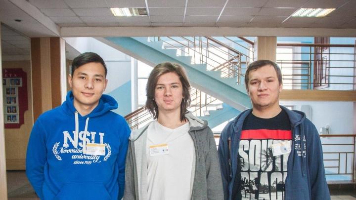«Это пятичасовое соревнование»: студенты НГУ выиграли поездку в Пекин, решая задачи