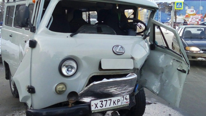В Челябинске в аварии с участием «Газели» и «буханки» погиб человек