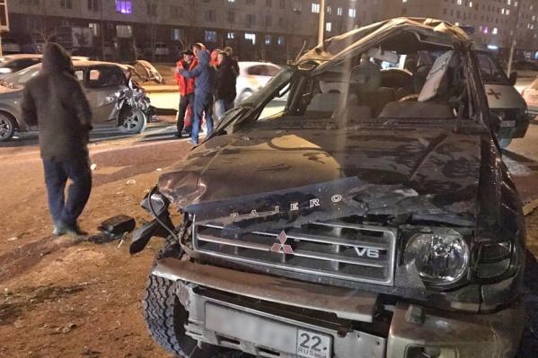 ДТП произошло на улице Татьяны Снежиной