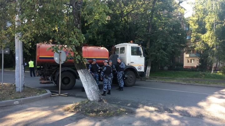 Центр Ярославля перекрыли из-за футбольных фанатов
