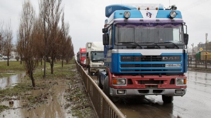 В Волгограде разрешили большегрузам «убивать» Третью Продольную