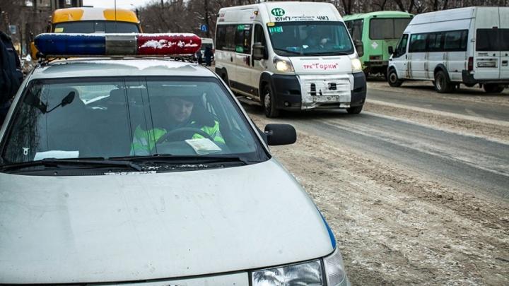 Хмельной автомобилист проверил на прочность бордюр в Челябинске