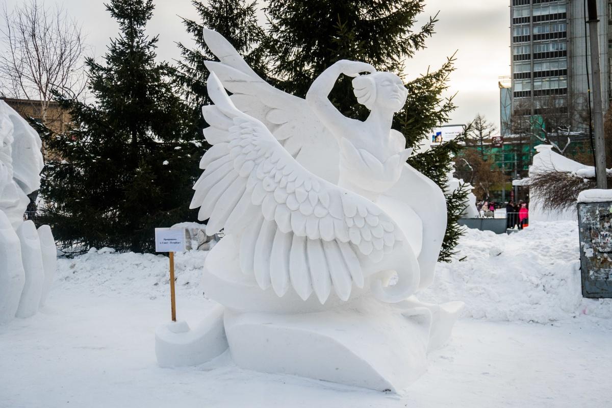 Главный приз достался скульпторам из Санкт-Петербурга