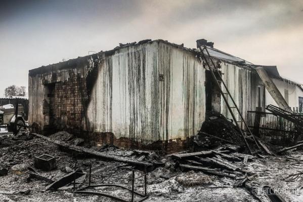 Пятеро детей погибли в огне в собственном доме 3 декабря
