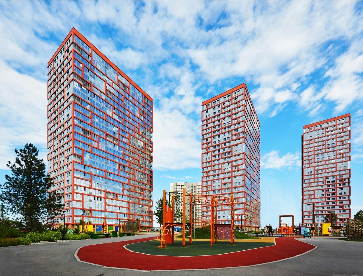 Времена дефицита: в Новосибирске распродают последние квартиры-гибриды (видео)