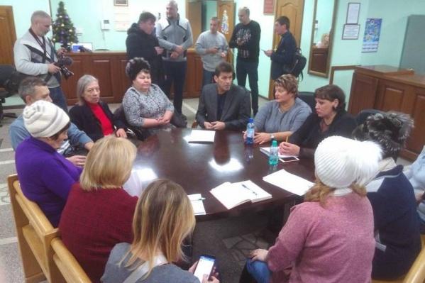 Красноярцы требуют встречи с мэром