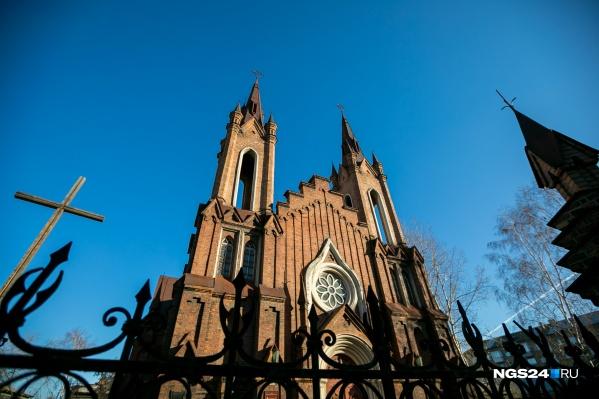Католическая организация проиграла суд за право собственности зданием костела