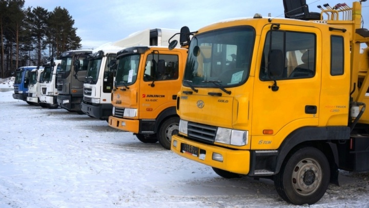 Под Екатеринбургом открыли первый специализированный авторынок для тяжёлых грузовиков и спецтехники