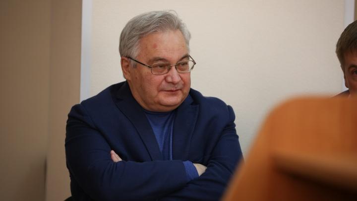 Суд смягчил наказание бывшему главе НИИТО