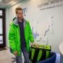 «Бесплатный сыр — только в мышеловке»: в Челябинске появились «зелёные человечки» с едой за спиной