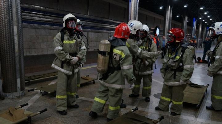 Лучше объехать: скопление пожарных машин на три часа перекроет улицу Ольги Жилиной