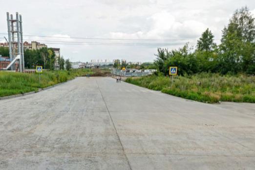 Вид с улицы Гребенщикова на улицу Мясниковой