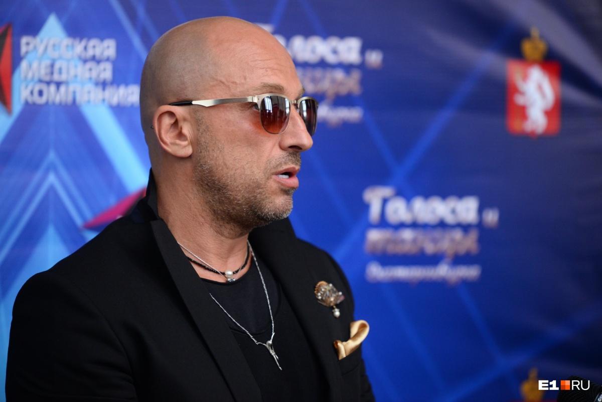 На сцене у Театра драмы работал и Дмитрий Нагиев