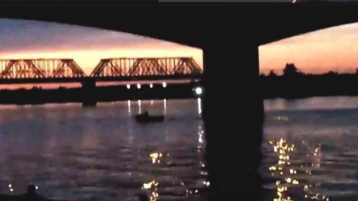 Очевидцы ЧП с упавшим в Волгу мужчиной: «На мосту осталась записка»