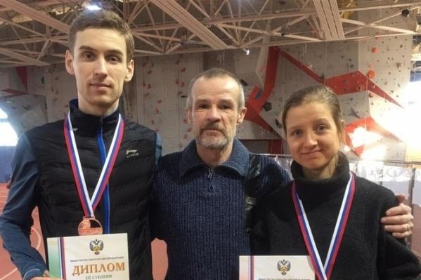 Иван Супрун показал личные рекорды на всех дистанциях, а Маргарита Калиневич отобралась на чемпионат мира