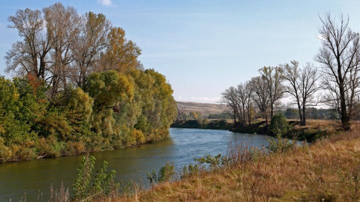 Метеорологи бьют тревогу: уровень реки Белой в районе Уфы опасно снизился