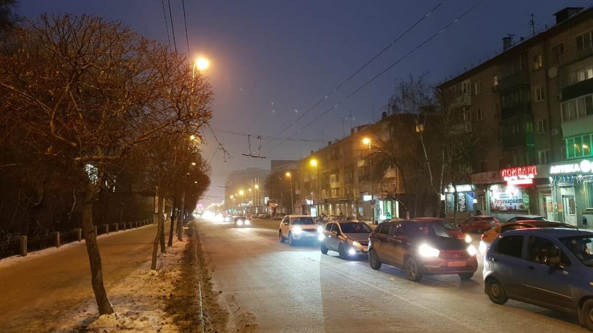 Небоскрёбы Екатеринбурга утонули в тумане: собираем утренние фото города вместе с читателями E1.RU