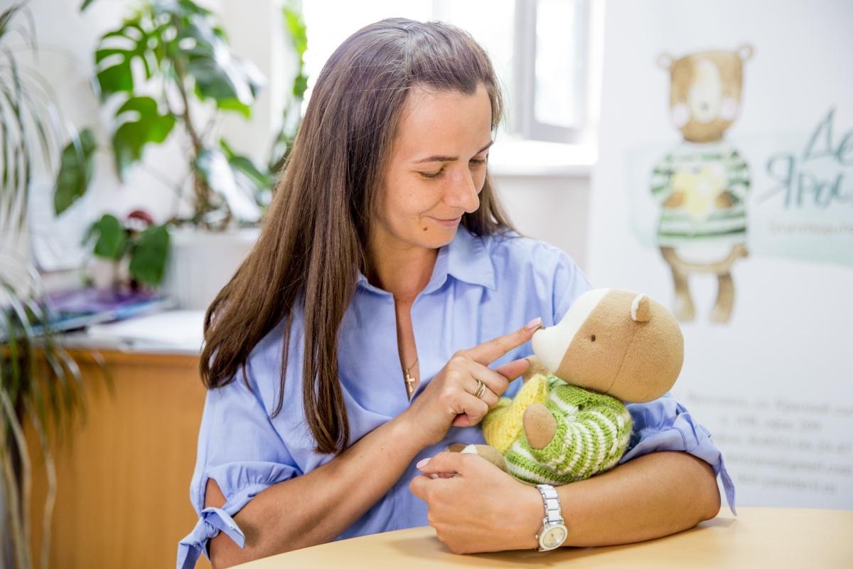 Победив рак, Ольга стала помогать детям