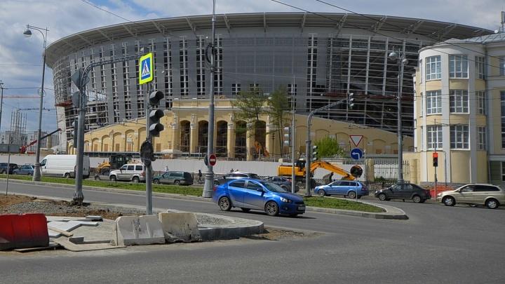 На устройство парковок и зон досмотра у Центрального стадиона потратят 80 миллионов рублей