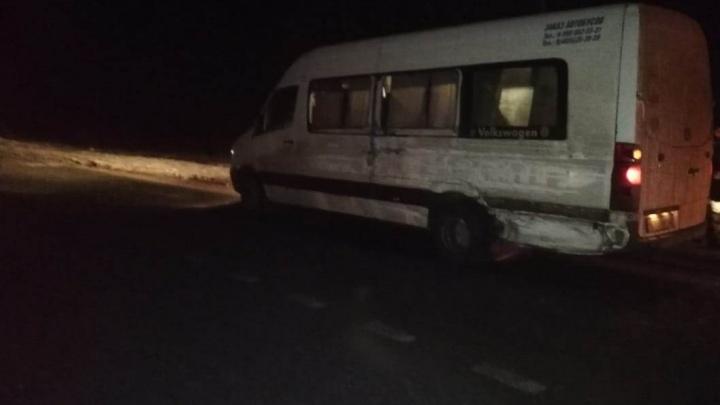 В Ярославской области в ДТП пострадали пассажиры микроавтобуса