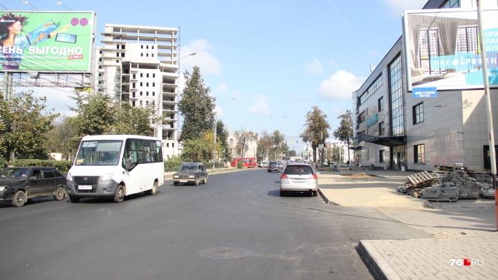 «У вас асфальт неровный»: мэр назвал ремонт на улице Республиканской самым проблемным