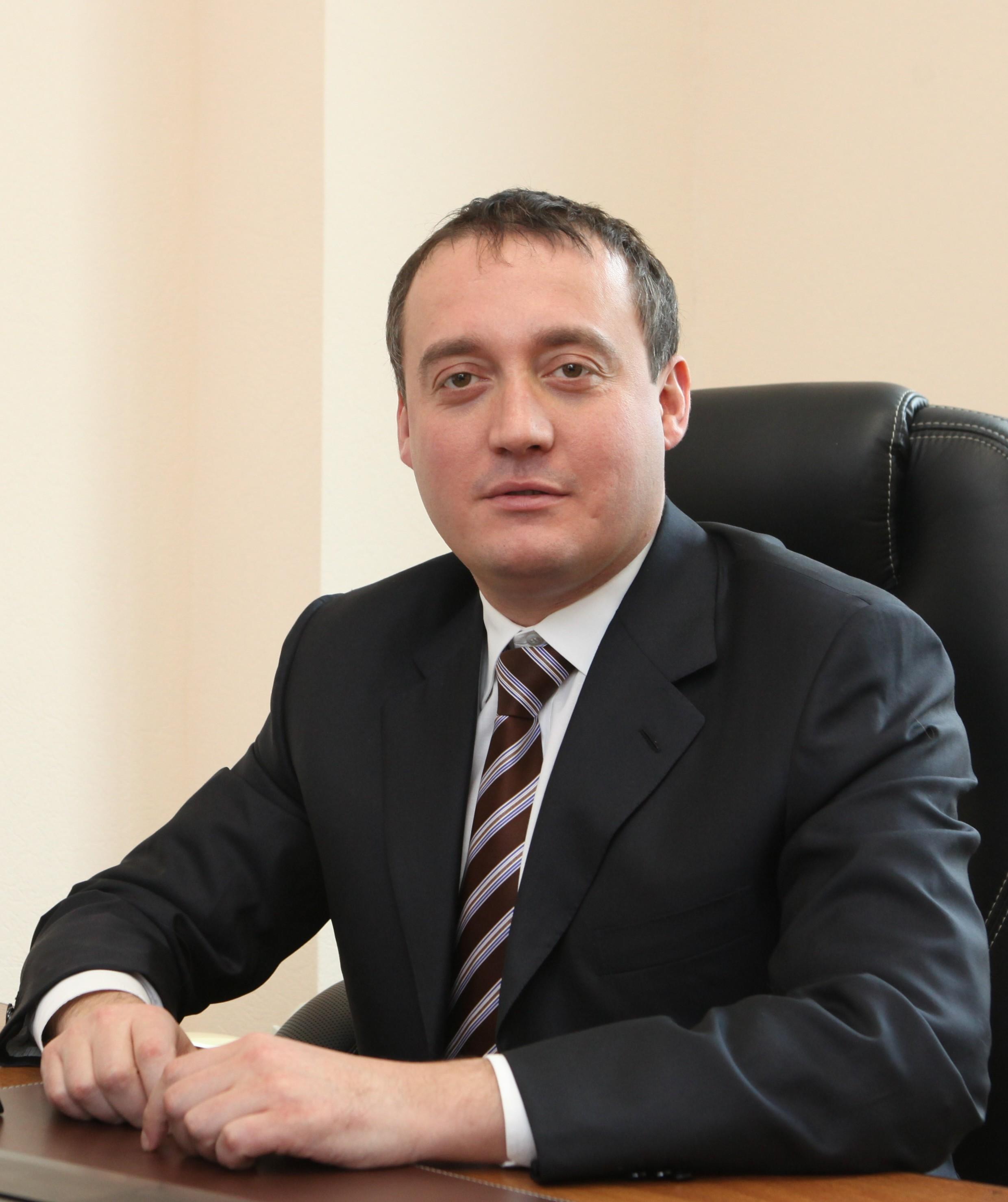 Компания, контролируемая семьёй Вайнштейнов, уже выиграла торги на 1,6 миллиарда рублей