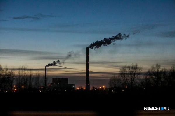 На время НМУ предприятия должны снизить выбросы
