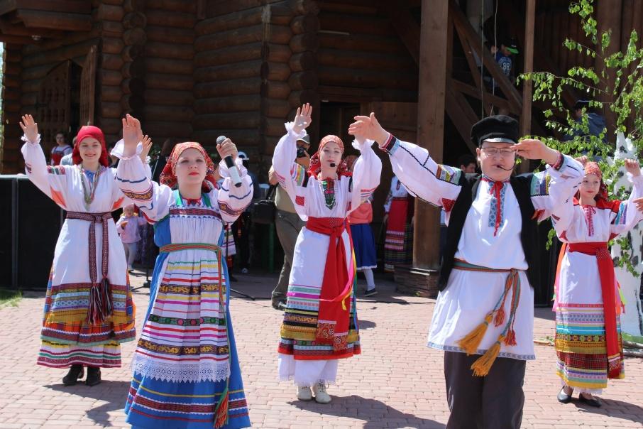 Спеть хором или сплести венок смогут курганцы на традиционном празднике мая