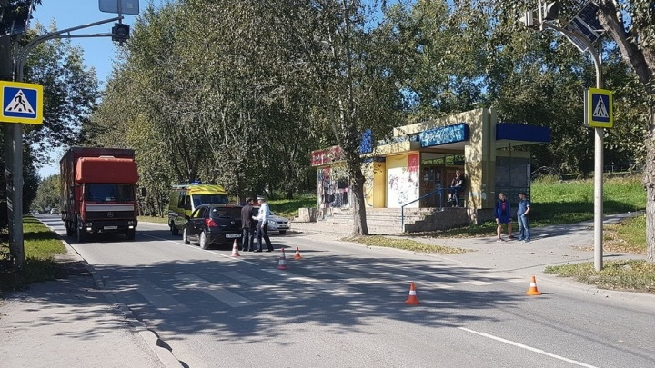 """""""Три недели провёл в реанимации"""": екатеринбуржцы ищут тех, кто видел, как их сына сбила машина на Уктусе"""