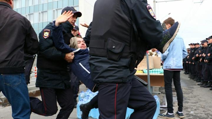 Почему жесткие аресты людей на акциях протеста недопустимы. Мнение журналиста 72.ru
