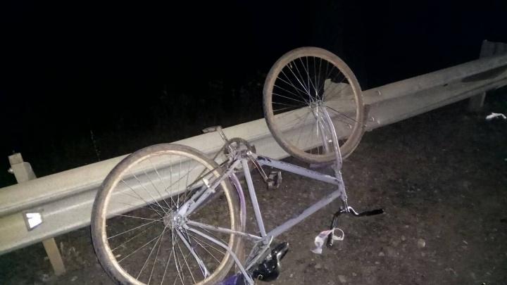 «Не увидел на темной трассе»: в Самарской области водитель «Шевроле» сбил насмерть велосипедиста