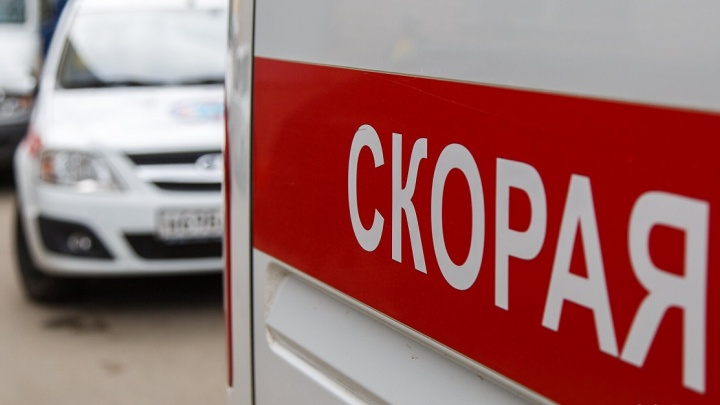 «Пламя перекинулось на ребенка»: в Волгоградской области 7-летняя девочка получила сильный ожог лица