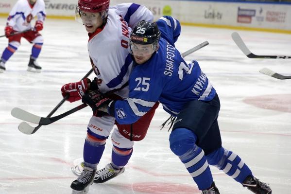 Курганские хоккеисты хорошо провели первый и второй периоды