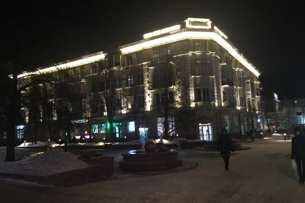 Красноярцы в соцсетях уже начали делиться мнениями о подсветке жилых домов