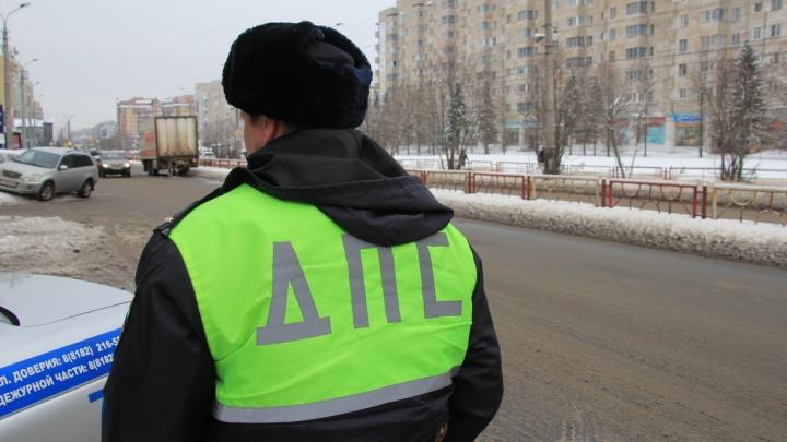 Укусил за палец: архангелогородца осудят за пьяные гонки и драку с полицейским