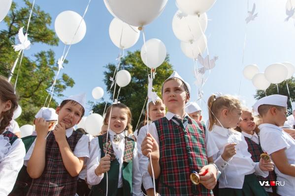 Юным волгоградцам предлагают сняться в роли детей Сталинграда
